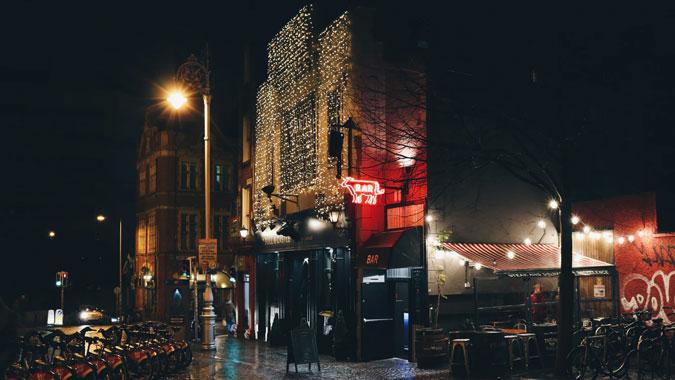 decoracion-entrada-restaurante-navidad-la-pajarita-mapelor