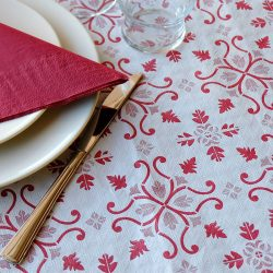 manteles-de-papel-decorados-gama-claudia-burdeos-detalle-la-pajarita-mapelor