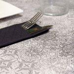 manteles-de-papel-decorados-gama-tesela-negros-la-pajarita-mapelor