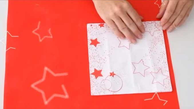 4-formas-de-doblar-servilletas-de-papel-para-navidad-en-forma-de-tubo-gama-stars-la-pajarita-mapelor
