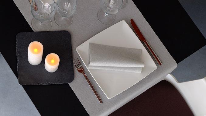 consejos-para-decorar-las-mesas-de-un-restaurante-airlaid-la-pajarita-mapelor