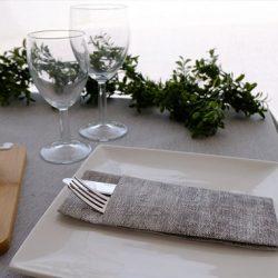 consejos-para-decorar-las-mesas-de-un-restaurante-gama-sahara-la-pajarita-mapelor
