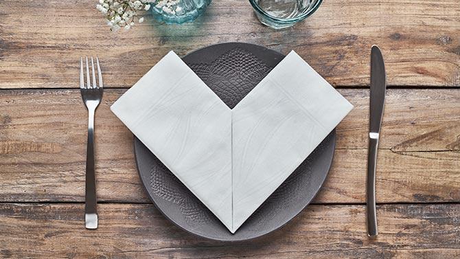 consejos-para-decorar-las-mesas-de-un-restaurante-novotela-la-pajarita