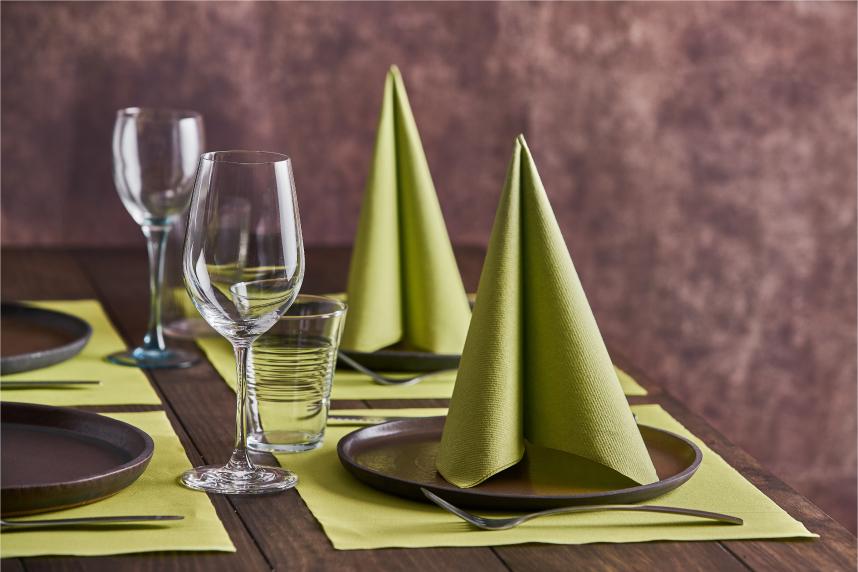 formas-de-doblar-servilletas-de-papel-vela-la-pajarita-mapelor