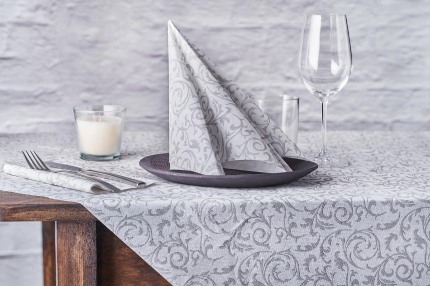maneras-de-doblar-servilletas-de-papel-vela-doble-la-pajarita-mapelor