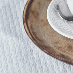 manteles-de-papel-100x140-blancos-la-pajarita-mapelor