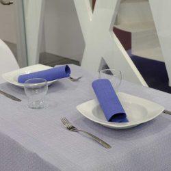 manteles-de-papel-120x120-blanco-hilo-azul-la-pajarita-mapelor