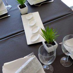 manteles-de-papel-de-color-1,2x100-negro-la-pajarita-mapelor