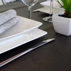 manteles-de-papel-de-colores-100x100-negros-la-pajarita-mapelor