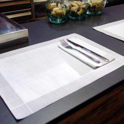 manteles-de-papel-individuales-30x40-blanco-hilo-gris-la-pajarita-mapelor