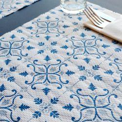 manteles-individuales-de-papel-claudia-azul-30x40-detalle-la-pajarita-mapelor