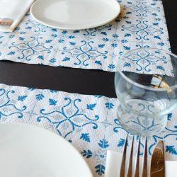 manteles-individuales-de-papel-claudia-azul-30x40-la-pajarita-mapelor