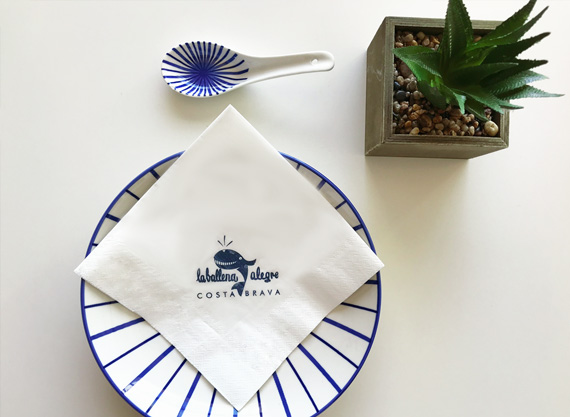 personalizar-servilletas-de-papel-la-pajarita-mapelor