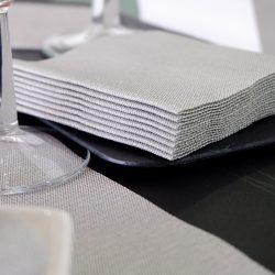 servilleta-airlaid-jeans-negro-20x20-detalle-la-pajarita-mapelor