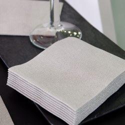 servilletas-airlaid-jeans-negro-20x20-detalle-la-pajarita-mapelor