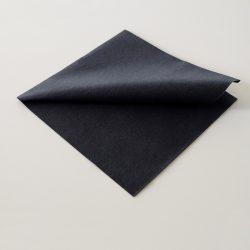 servilletas-airlaid-negro-40x40-detalle-la-pajarita-mapelor