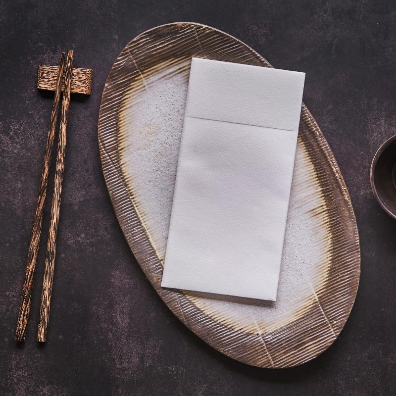 servilletas-canguro-airlaid-blancas-40x40-la-pajarita-mapelor