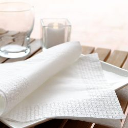 servilletas-de-papel-30x30-blancas-la-pajarita-mapelor