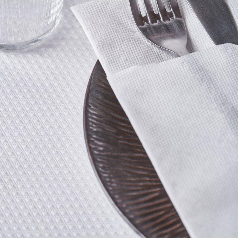 servilletas-de-papel-40x32-micropunto-blancas-la-pajarita-mapelor