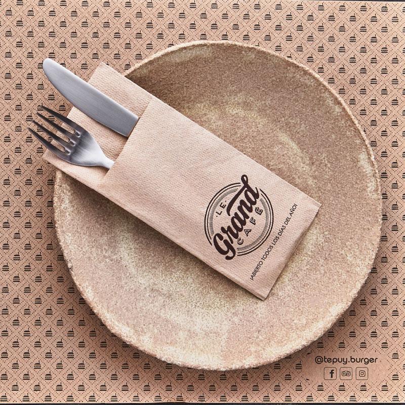 servilletas-de-papel-40x32-micropunto-gogreen-la-pajarita-mapelor