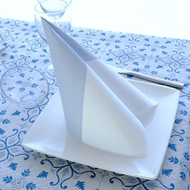 servilletas-de-papel-40x40-punta-punta-bicolor-azul-la-pajarita-mapelor