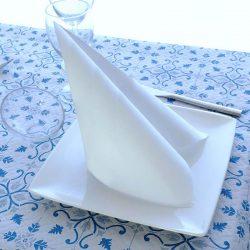 servilletas-de-papel-40x40-punta-punta-color-blanco-la-pajarita-mapelor