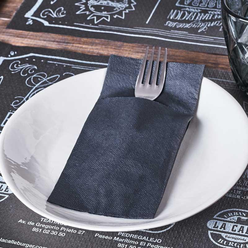 servilletas-de-papel-para-hosteleria-punta-punta-negro