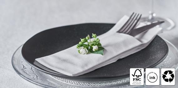 servilletas-dobladas-para-cubiertos-sostenibles-naturtex