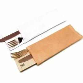 sobres-para-cubiertos-con-servilletas-punta-punta-la-pajarita