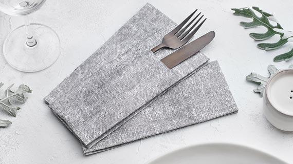 tendencias-servilletas-canguro-2021-tonos-grises-sahara